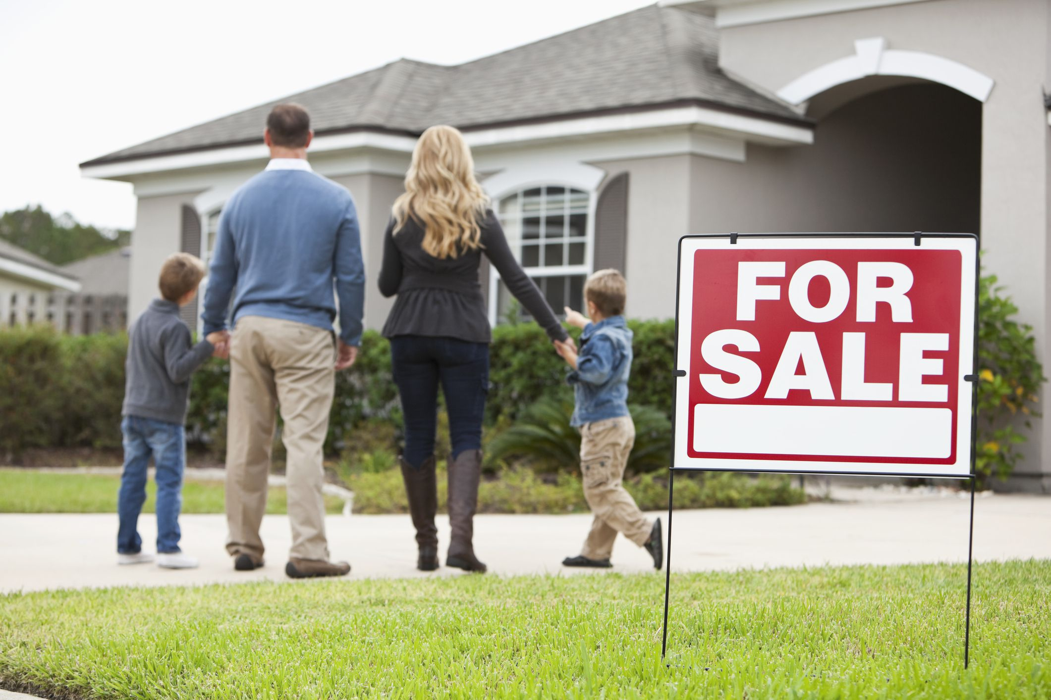 Should You Sell Your Home at Auction?