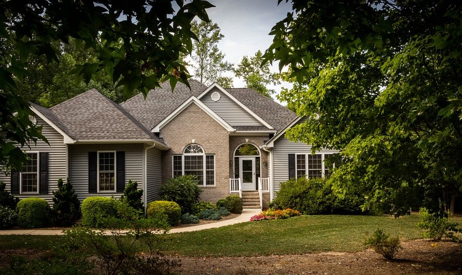 Three Common Mistakes When Buying a House